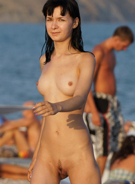 Candid chicks with puffy nipples nude on the beach