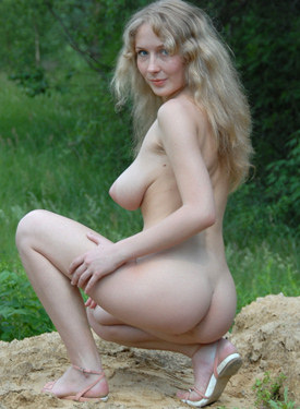 Big boobs blonde fairy is in the forest in tight pink underwear with cameltoe on top of hairy beaver